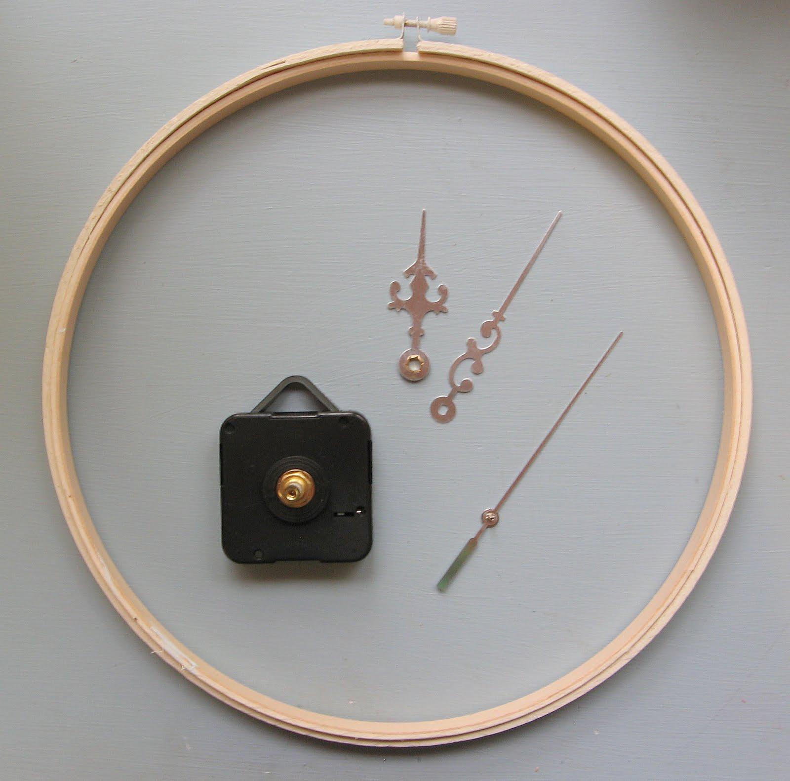 Carolina country living embroidery hoop doily clock tutorial