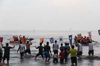 Tim Dayung Batang Sapu Bersu Juara 1 Kejuaraan Dayung Tingkat Kota Tegal