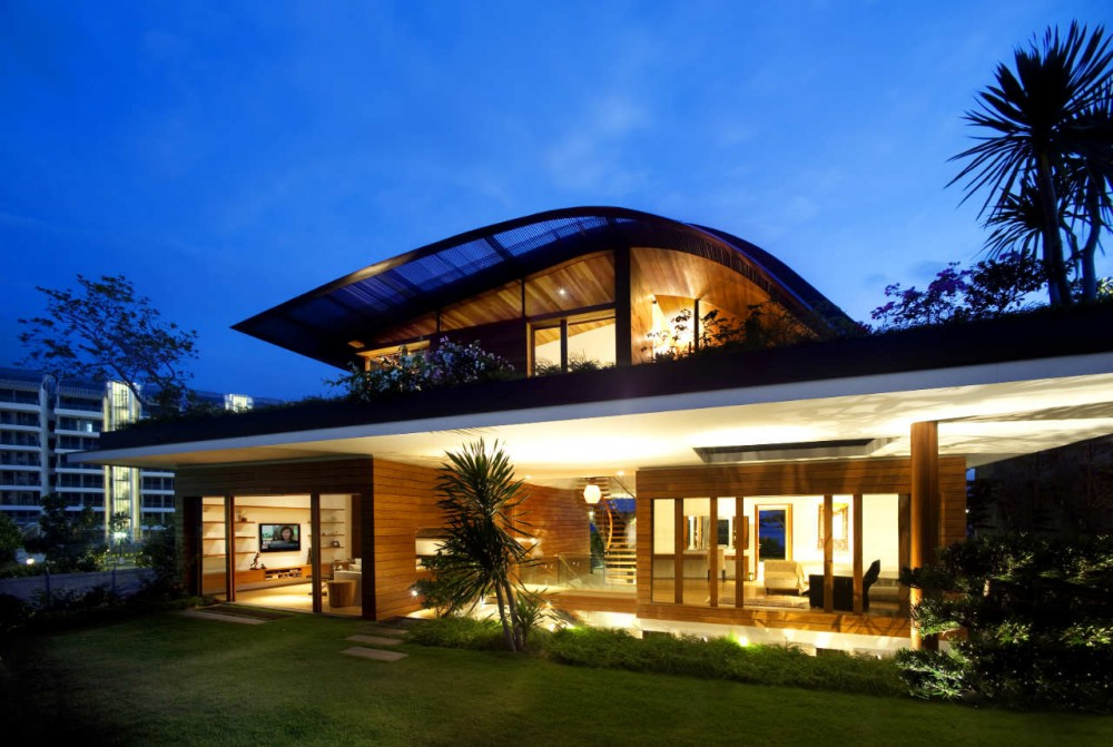 Keuk Narin: Lavish And Luxurious Sky Garden House Design