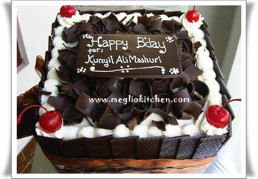 BLACK FOREST JOGJA, BIRTHDAY CAKE JOGJA