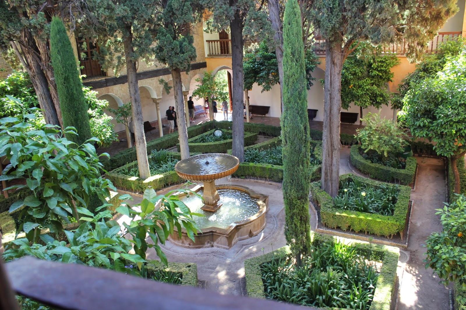 Maravillas ocultas de espa a granada la alhambra iii los palacios nazar es - Residencia los jardines granada ...