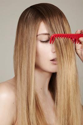 model combing hair, woman brushing hair, healthy hair, beauty photographer nyc