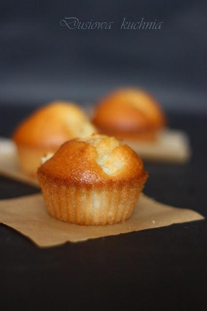 przepis na muffinki, przepis na muffiny, muffinki z gruszkami, muffiny z gruszkami, muffiny z gruszką, przepis ze zdjęciem na muffinki