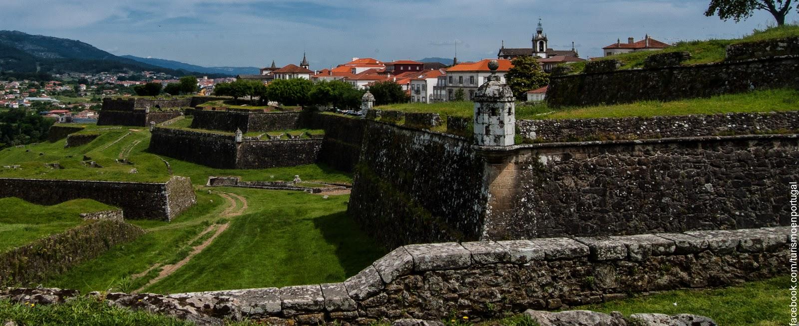 Valenca Do Minho Portugal  city photo : Su perímetro amurallado tiene una longitud de 5 km y es sin lugar a ...