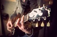 Contoh lagu ke 5 untuk Cara Cepat Belajar Chord Guitar part 3