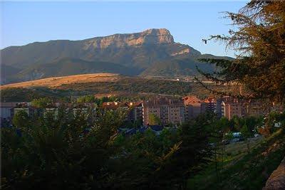Peña Oroel vista desde Jaca