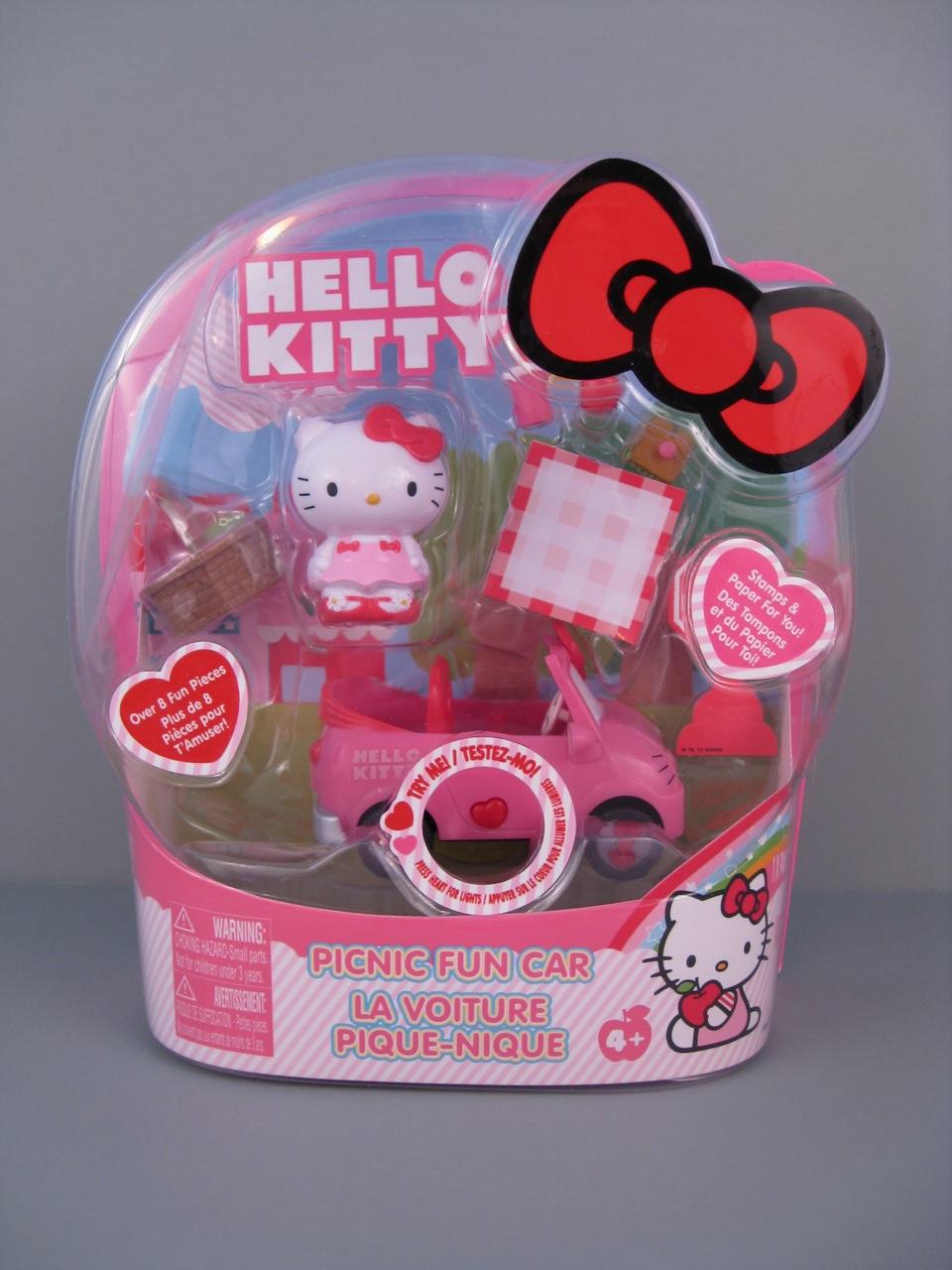 Hello Kitty Toys For Cakes : Hello kitty mini dolls from jada toys and blip the