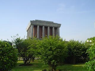 Ho Chi Minh Mausoleo di Hanoi