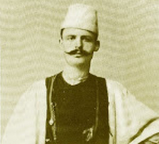 Λάκης Πύρζας