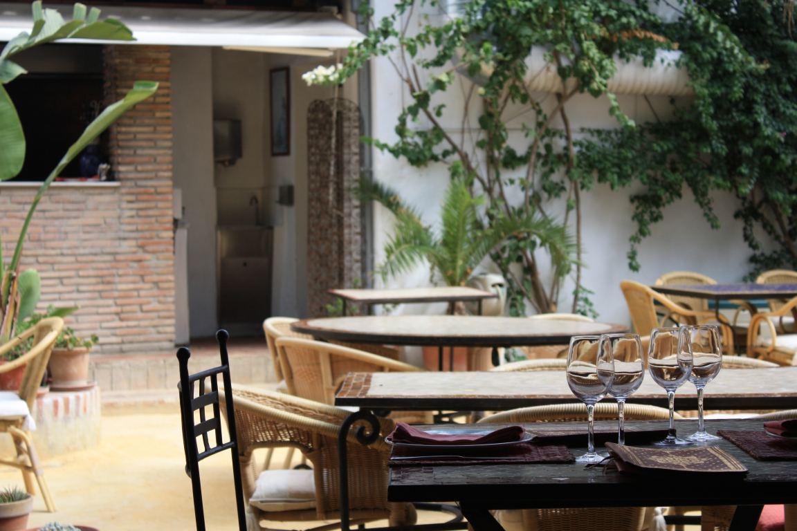 Spain vejer and ca os de meca beach in cadiz beautiful for Casa jardin restaurante