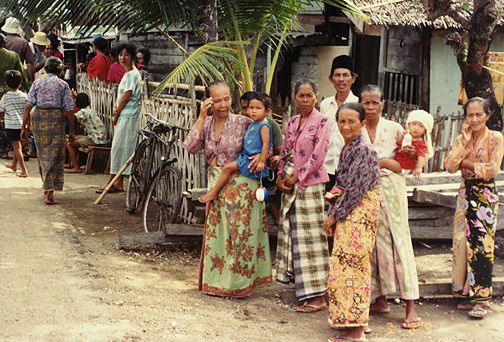 indonesian people pictures. Indonesian People who Live in