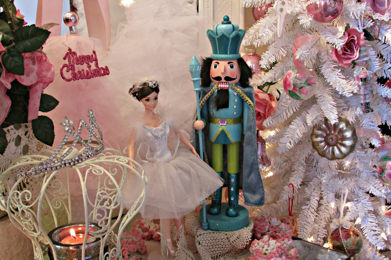 Penny s vintage home nutcracker christmas tree