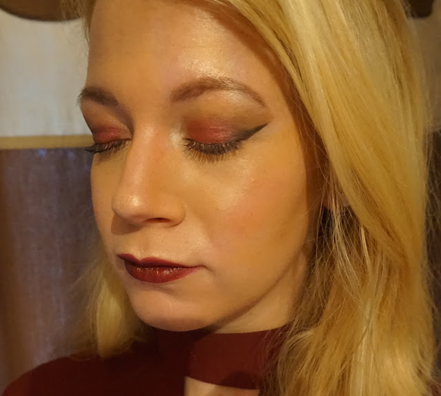 fotd, christmas day makeup, loreal, rimmel, benefit, chanel, urban decay, elizabeth arden, mac, nars, revolution, maybelline, beauty blogger, hanrosewilliams, hannah rose,
