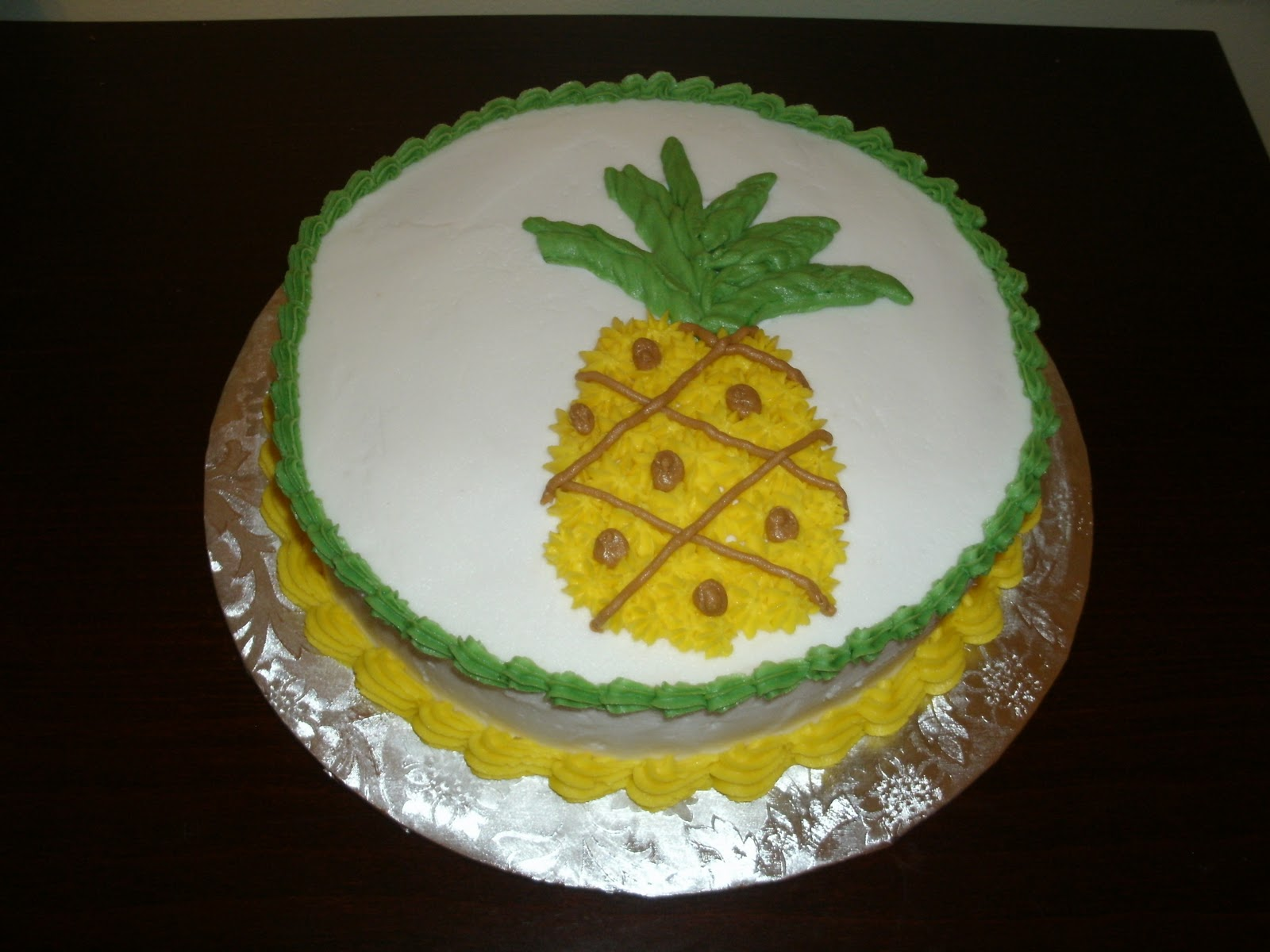 Sugared Sam: Pineapple Inside Out Cake