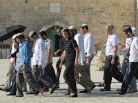 Pemukim Yahudi Menghina Nabi Muhammad SAW di Masjid Al-Aqsa