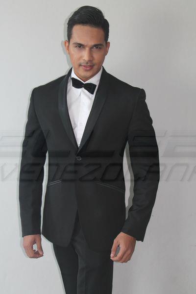 Rizal Al Idrus TOP 10 Mister International 2012