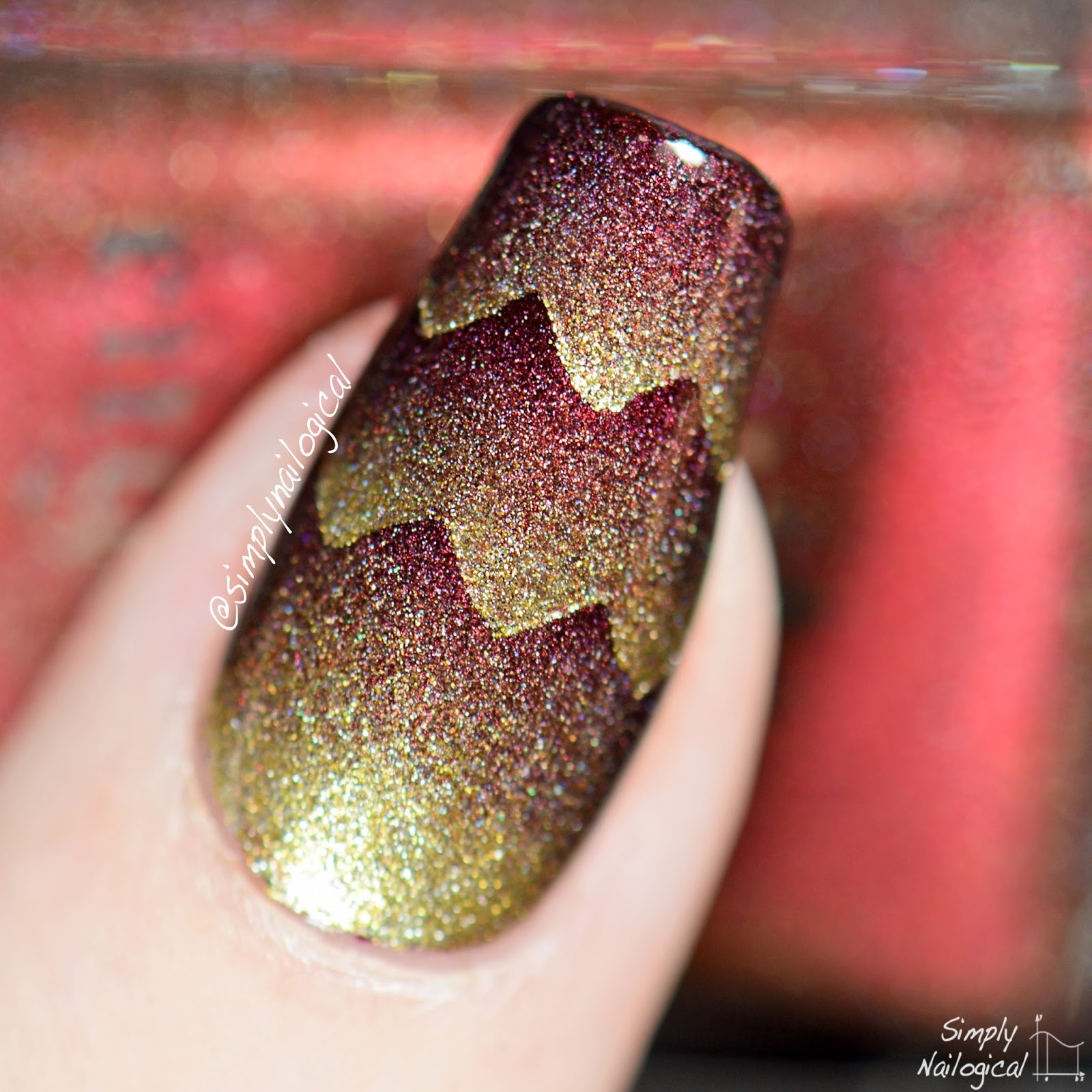 Simply Nailogical Dragon Scales Triple Scaled Gradient Nails
