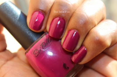 Manicure Monday – Crushed Berries