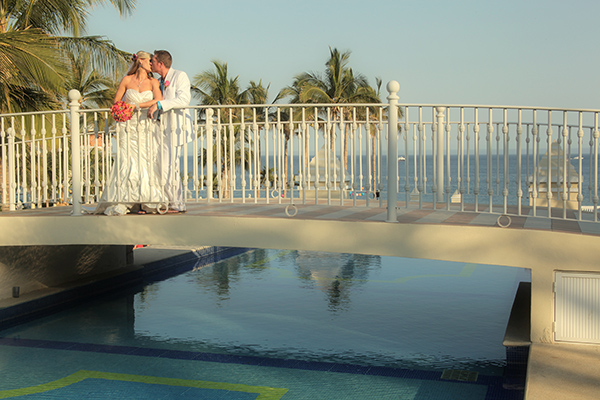 Wedding Photographer in Cabo San Lucas, Mexico
