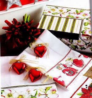 http://sztukazdobienia.blogspot.com/2012/10/swieta-wg-decomanii-nowe-techniki-cz-2.html