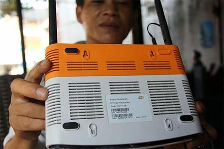 Hacker tấn công modem FPT, chặn kết nối, đổi tên wifi