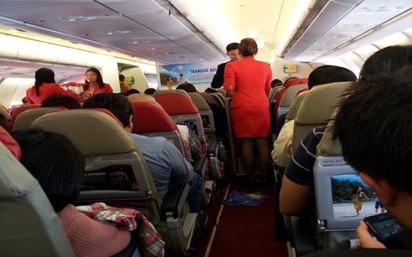 Penerbangan AirAsia ke Sandakan ditunda sebab lelaki berkelakuan pelik