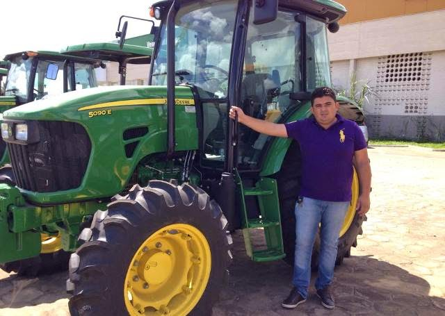 Prefeito Célio Barbosa garante novos equipamentos para São João do Tigre