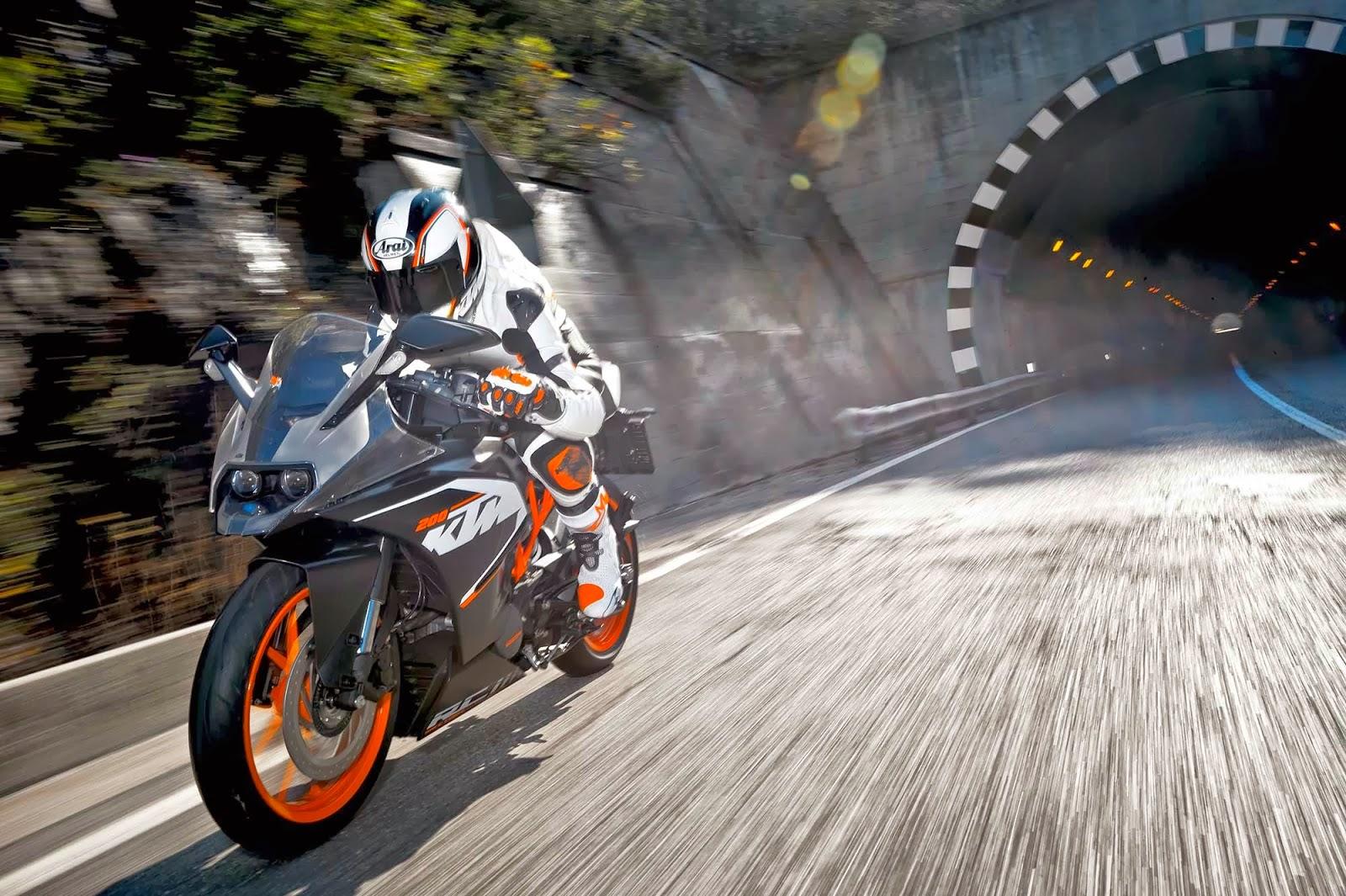 KTM RC200 -Memiliki kelebihan faktor nisbah berat kepada kuasa!