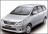 Sewa Mobil Innova Padang