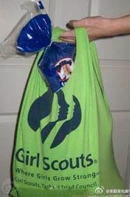 http://1000manualidades.com/reciclaje-de-camisetas/