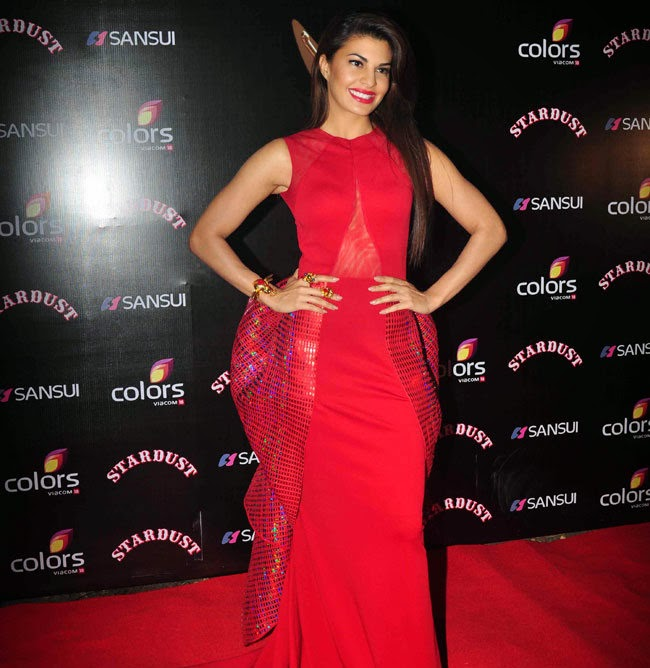 Jacqueline Fernandez in Strange Red Gown at Colors Stardust Awards 2014