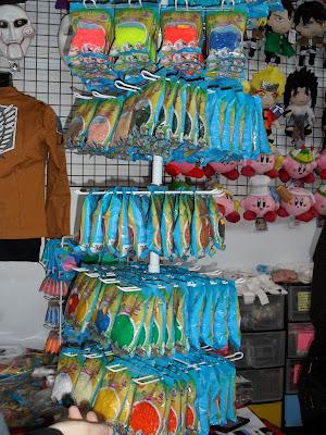 Los Hama Beads en venta en un stand del XII Salón del Manga de Valencia