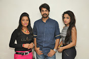 calling bell movie success meet-thumbnail-1