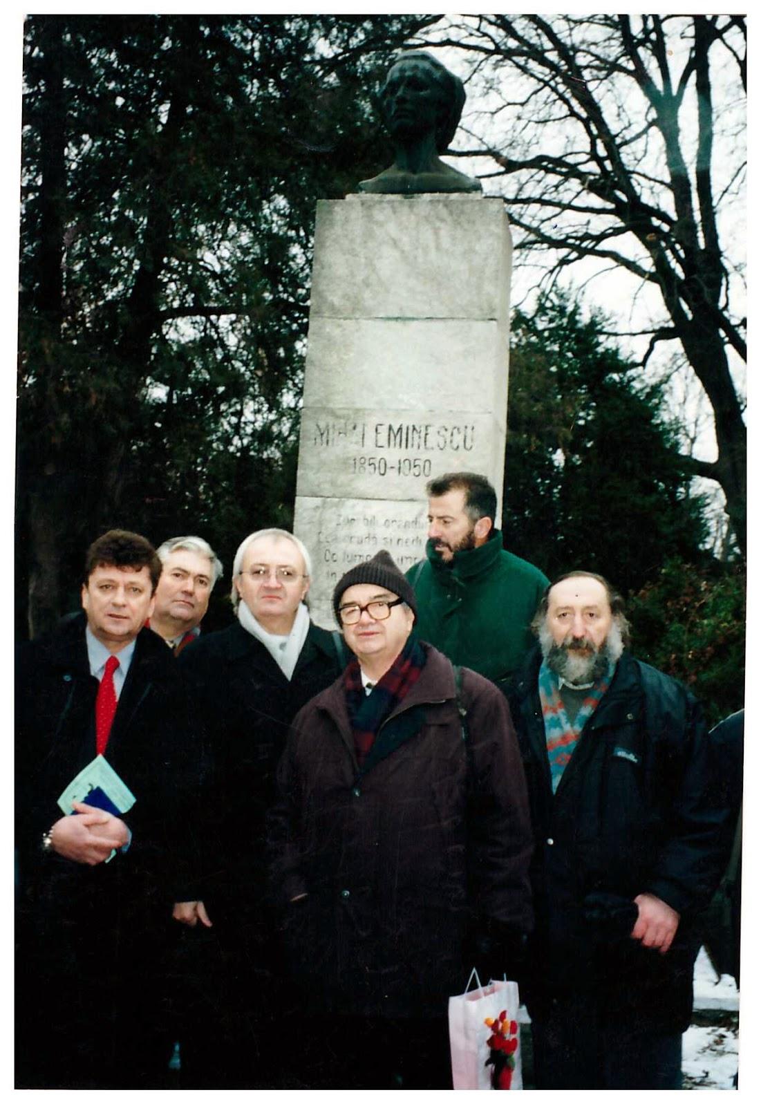 """Festivalul Internaţional de Poezie """"Mihai Eminescu"""""""