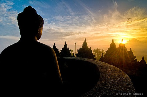 Makna Hari Raya Waisak Bagi Umat Buddha