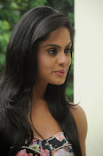 Karthika Nair latest photo shoot-thumbnail-18