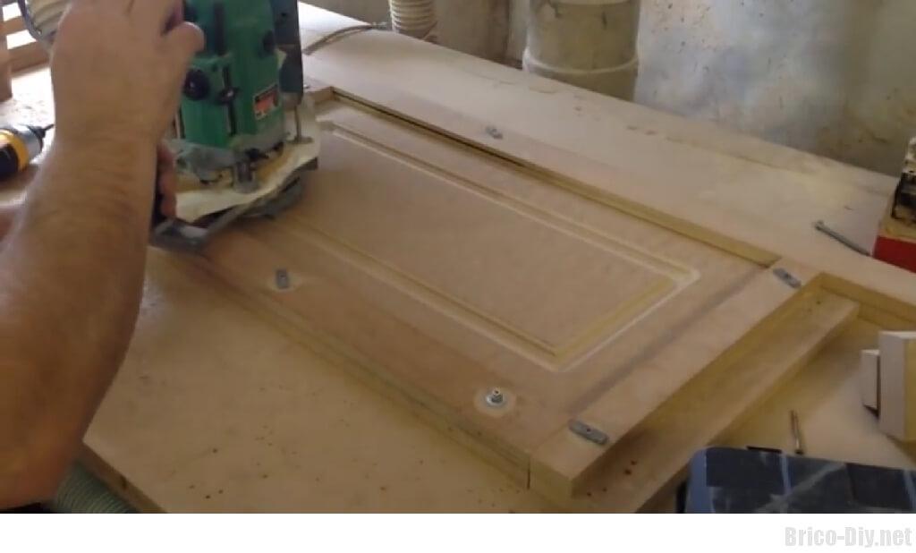 Como hacer moldura en tablero de mdf para puertas de for Como montar muebles de cocina