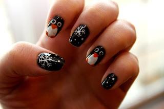 ideje-za-nokte-nokti-sa-pahuljicama-004