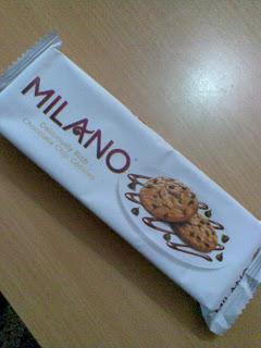 Milano , Parle Milano , Parle Milano biscuit , Milano biscuits ,Choco chip cookies, choco cookies