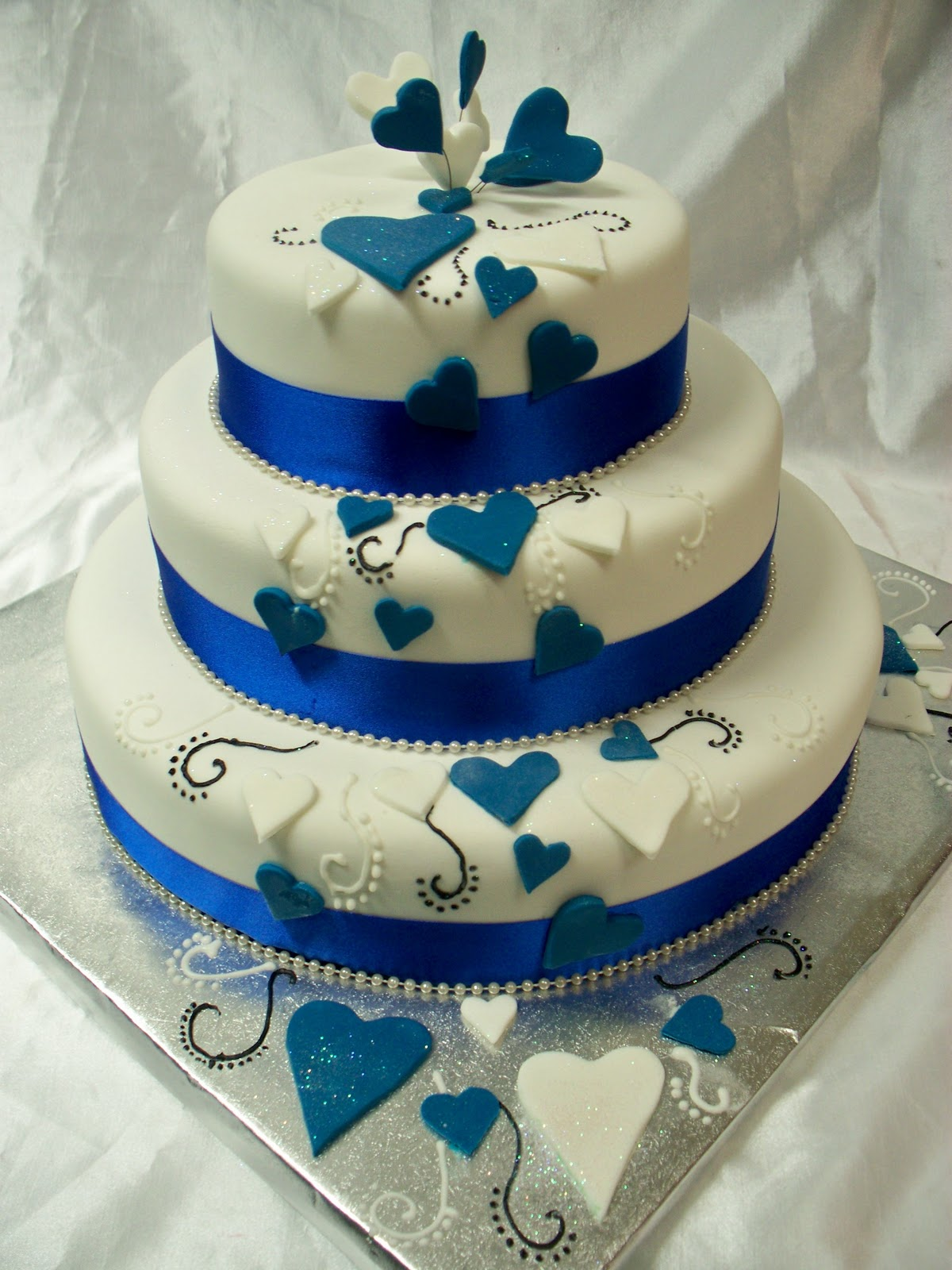 Wedding Cake Decorations Nz : Fresco Foods cakes: AFFORDABLE WEDDING CAKES - BY FRESCO ...