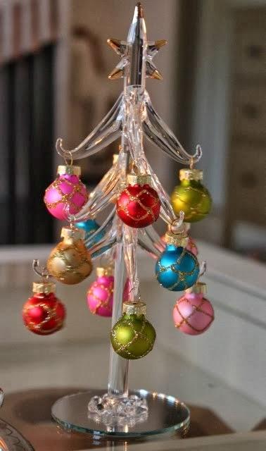 joulupuun alla