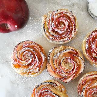 Apple Cake in Rose Shape (Bánh Táo Hoa Hồng) 3