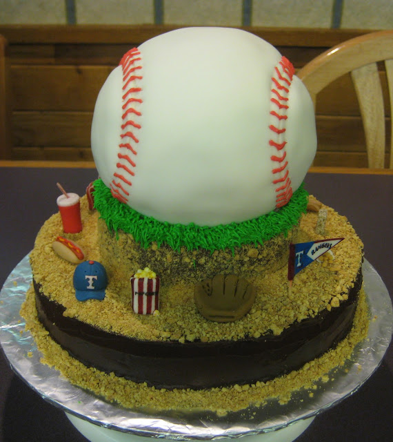 3D Baseball Themed Cake