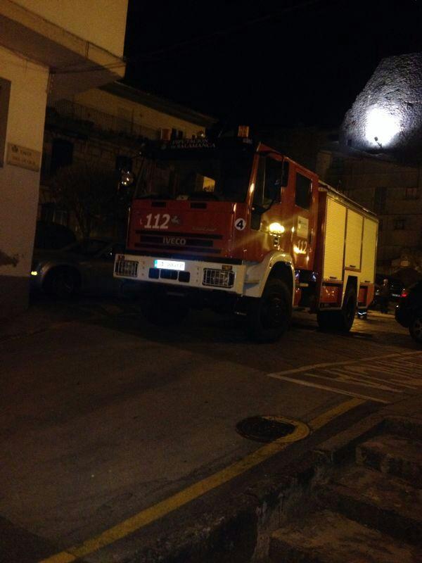 dificultades de acceso de los vehiculos antiincendio a la zona del fuego