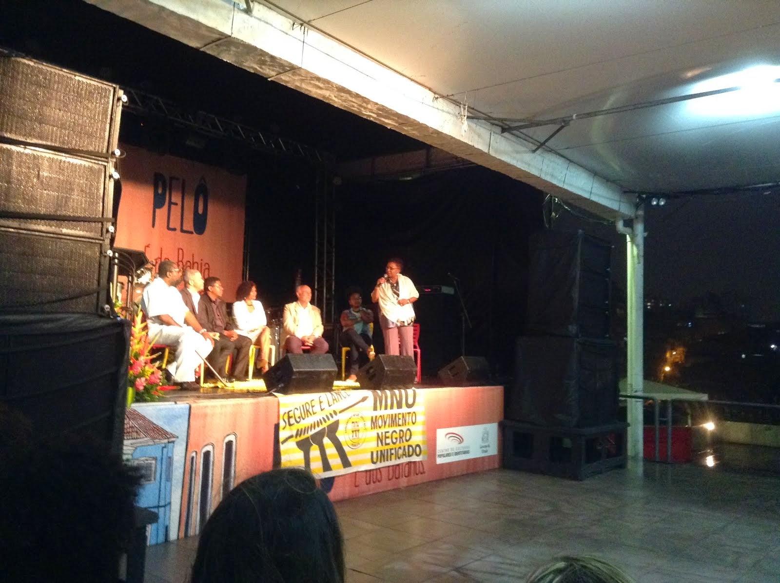 Ministra Luíza Bairros da SEPPIR na abertura do XVII Congresso Nacional do MNU em Salvador