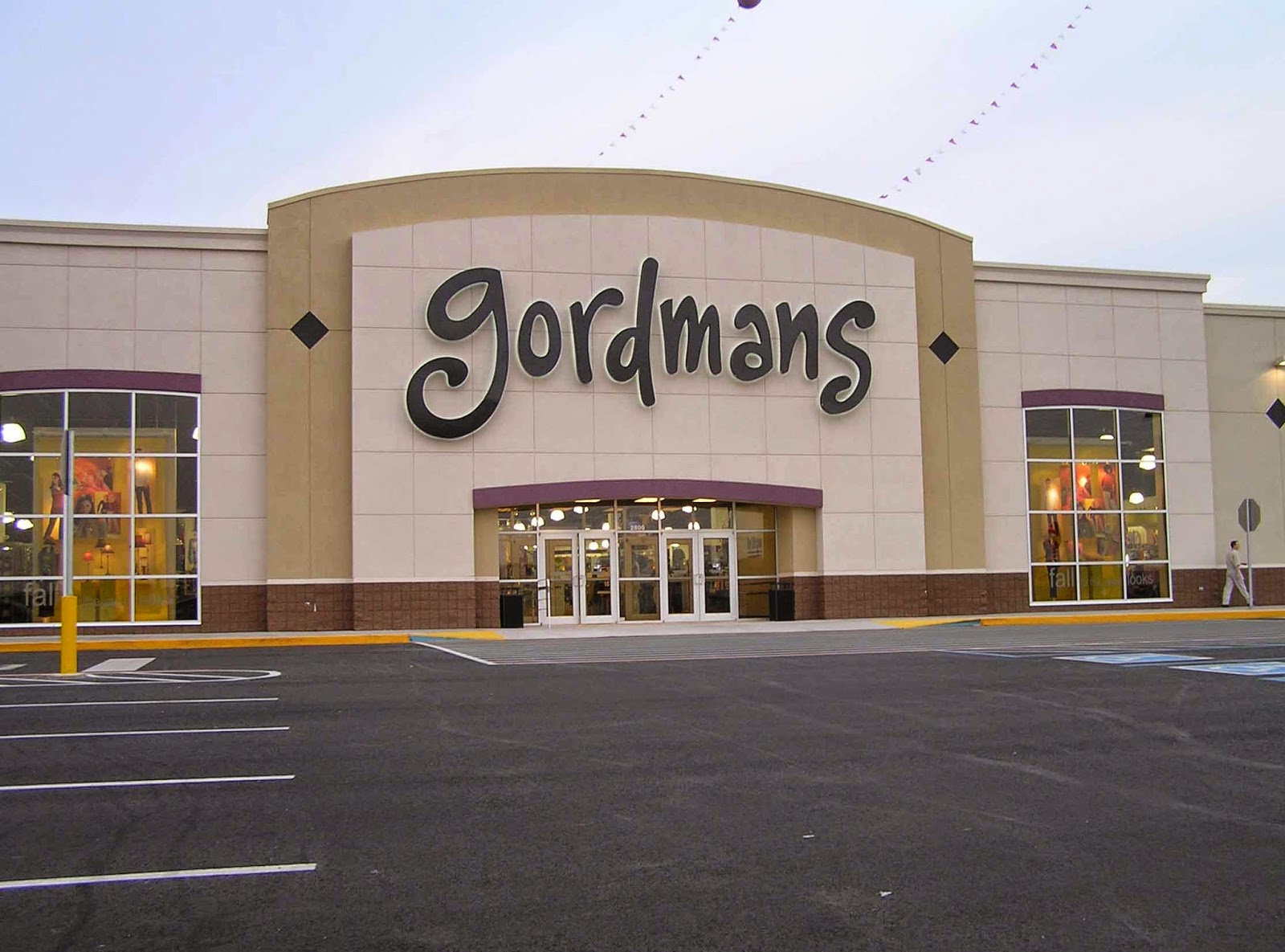 Gordmans, Omaha. , likes · talking about this · 3, were here. Gordmans is an everyday off price department store concept featuring a large.