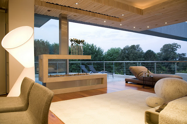 Glass House by Nico Van Der Meulen - Inspiring Modern House