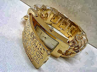 Jam Tangan Guess Chain Cap Gold