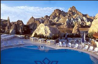 burcu-kaya-otel-ürgüp-kapadokya-açık-yüzme-havuzu