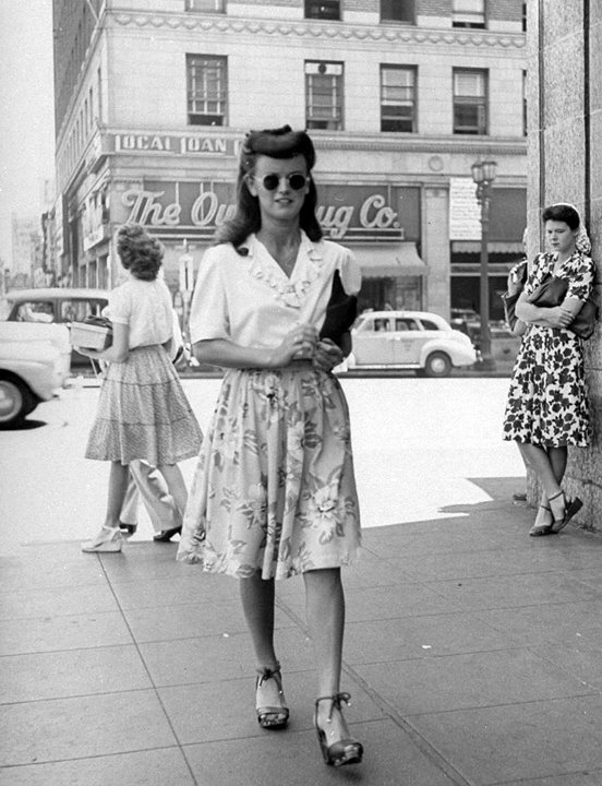 Post War Fashion Today 40s Fashion
